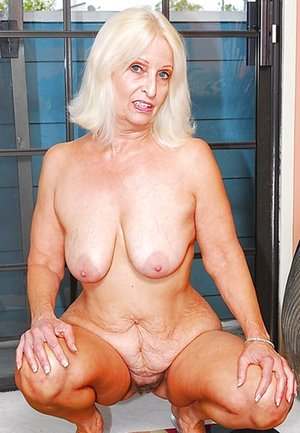 Blonde Milfs